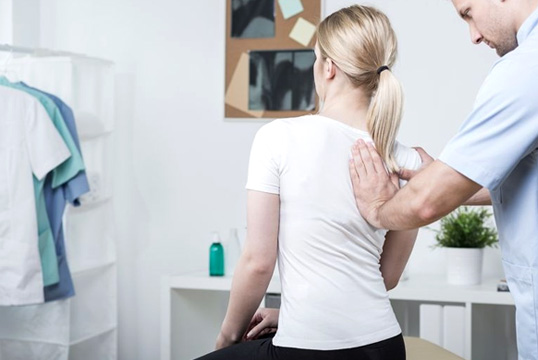 Why You Should Consider A Chiropractor