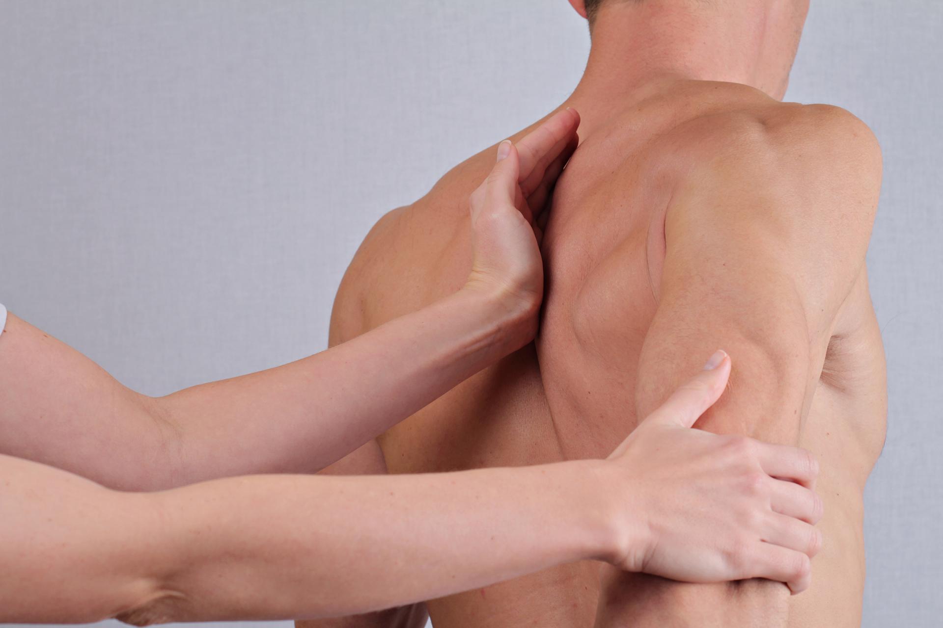Beating Back Pain With Your Chiropractor's Healing Hands